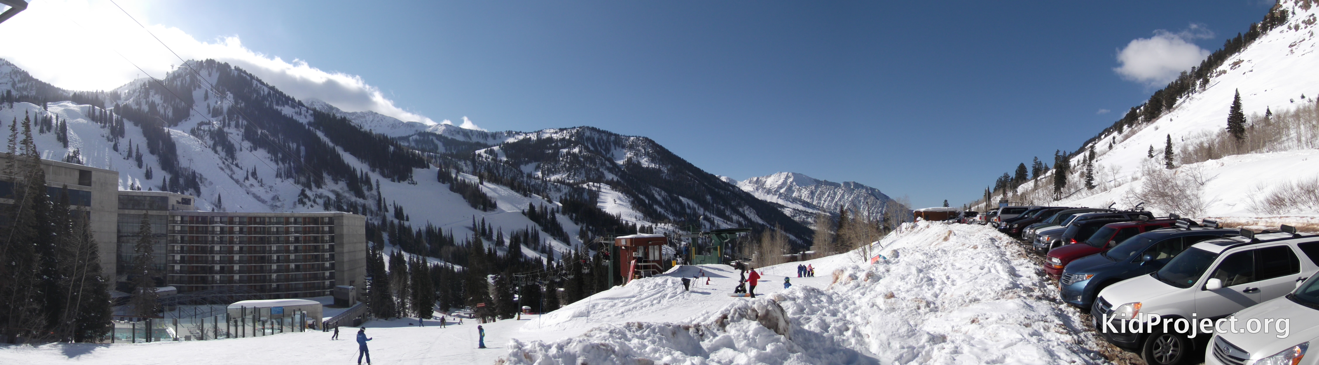 Skiing Snowbird at the top of Chickadee lift.