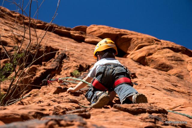 kids climbing in red rocks, NV