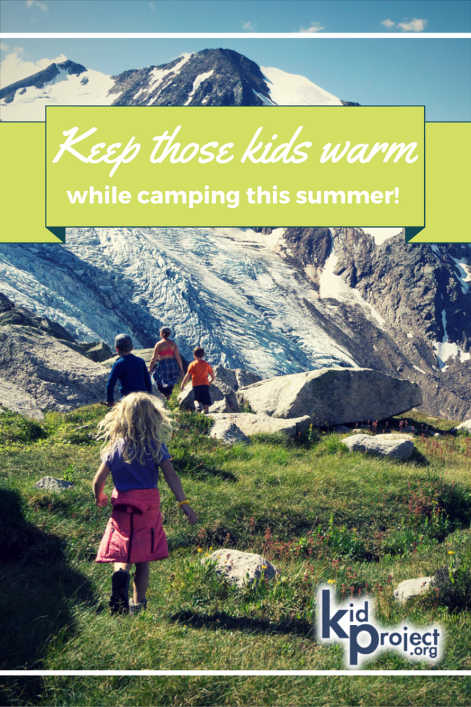 what-parents-should-know-about-keeping-kids-warm-while-camping