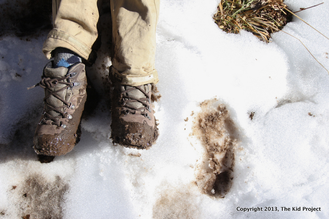 Muddy and snowy winter hiking with Hi-Tec kid's bottos