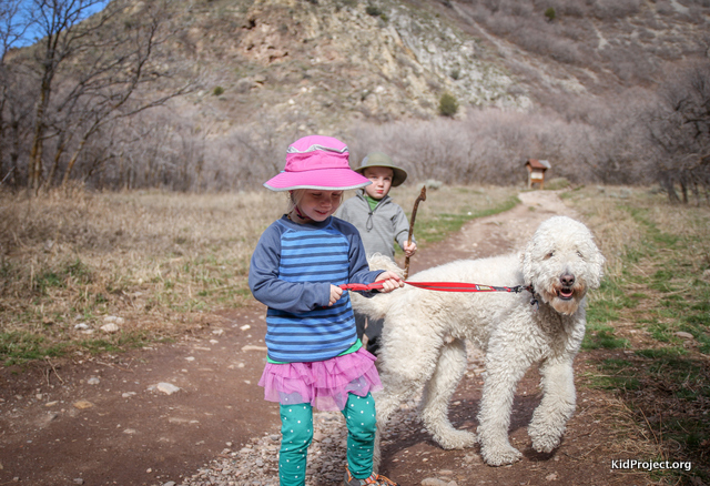 Hiking with kids as a single parent