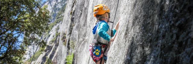 Kid Friendly / moderate Climbing in Yosemite