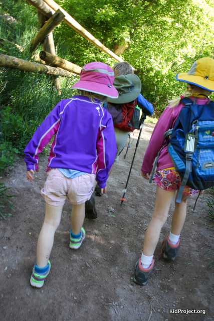 Kids sun clothing for hiking from Sunday Afternoons