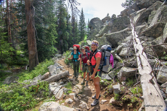 women hiking, big sandy trail, WY