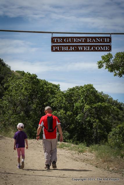 Hiking Bonneville Shoreline Trail, Utah