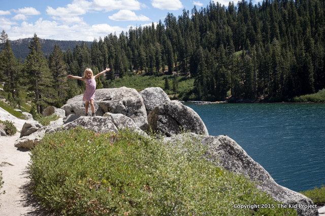 Hiking along the Tahoe Rim Trail around Echo Lake, CA