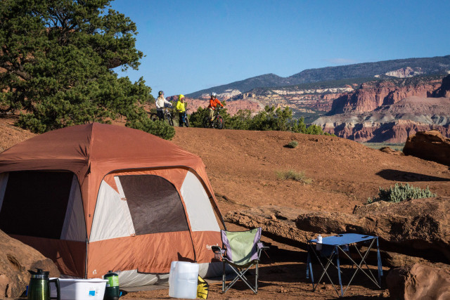 CAmping near Capitol Reef / full res