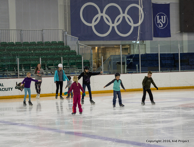 Learning to skate os the Olympic Oval