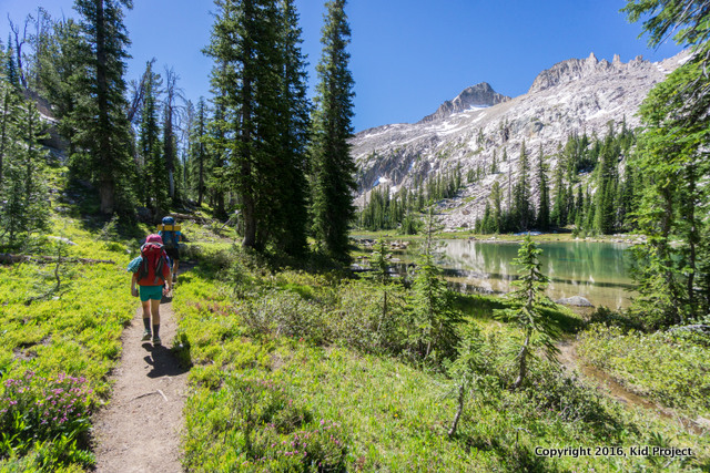 Sawtooth mountains Idaho hiking