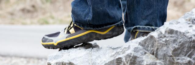 Vivobarefoot - mens trail runner full res