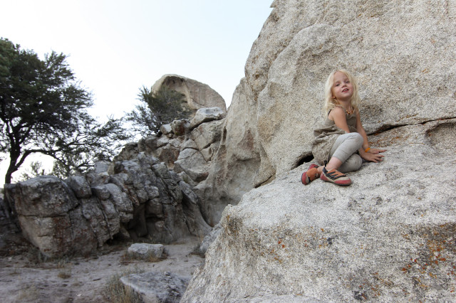 girl, climbing, toddler